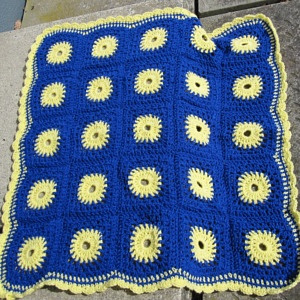 Blue & yellow BLANKET 273KB