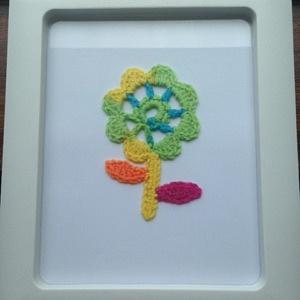FLOWER CROCHET IN WHITE FRAME 335KB