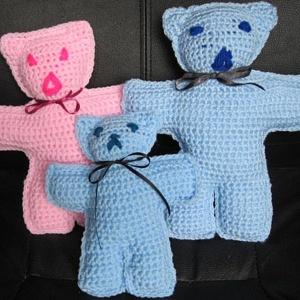 Teddy x 3 family 273kb
