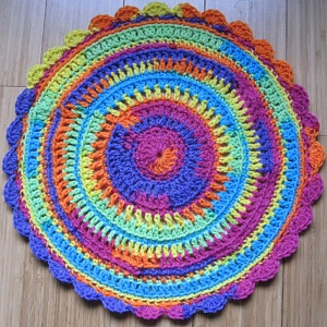 mandala rainbow edge